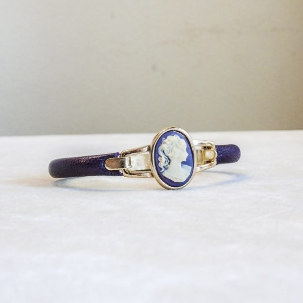 Bracelet in Calf Leather with  lady of the Renaissance florence
